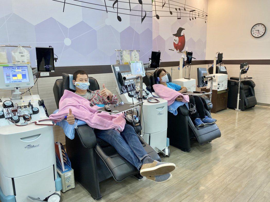 二天活動預計至少募集400袋熱血,以紓緩血庫缺血之急。記者宋健生/攝影
