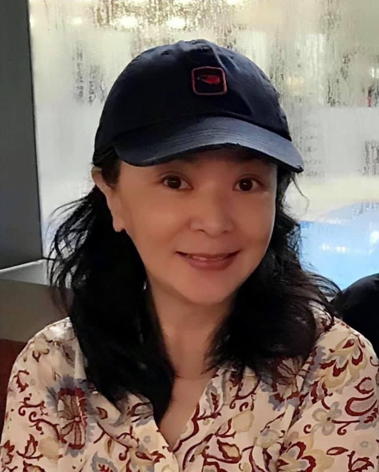 永遠的小龍女陳玉蓮上個月在香港現身仍是十分美麗。圖/翻攝自陳玉蓮粉絲社團
