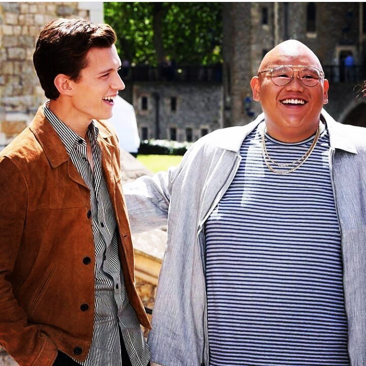 湯姆霍蘭德(左)與雅各貝塔隆在「蜘蛛人」系列中演好友,昔日體型大有差別。圖/摘自