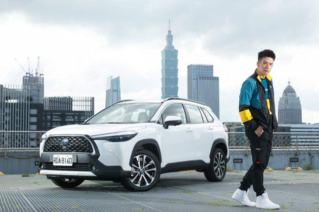 TOYOTA Corolla Cross一上市就成為10月台灣市場銷售冠軍,全方...
