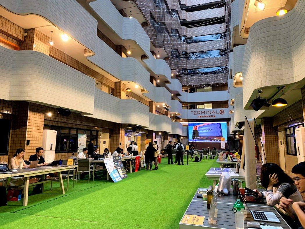 沖繩創業祭台灣分場於北市建國北路的Terminal C進行。 蔡尚勳/攝影