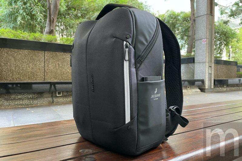▲導入Google Jacquard技術的Samsonite Konnect-i智慧背包