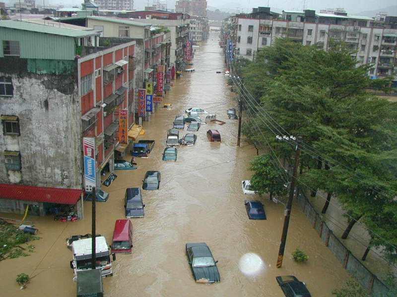 基隆百福社區淹水災情慘重。圖/聯合報系資料照片
