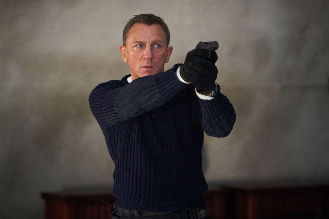 丹尼爾克雷格主演「007生死交戰」將在明年4月上映。圖/UIP提供