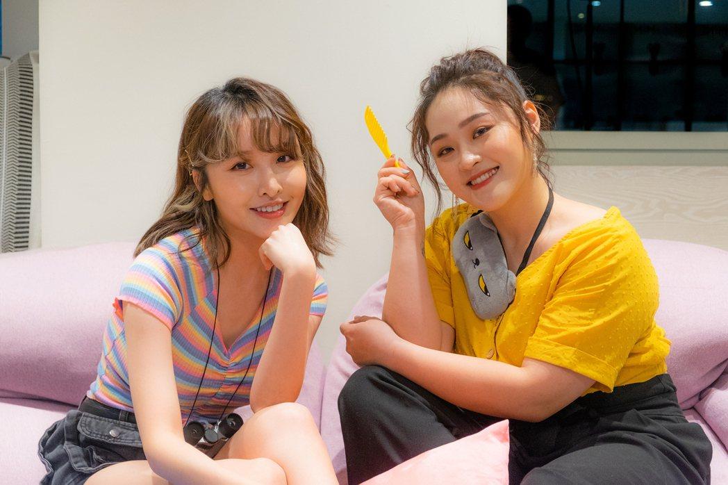 張若凡(左)與許莉潔再度合作「歹逗陣」。圖/喜歡音樂提供