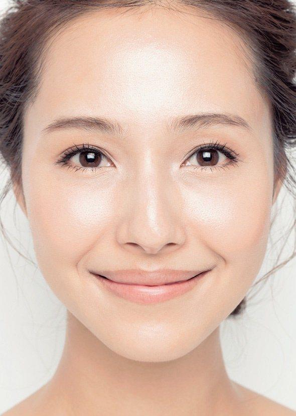 現代女性追求的是「若有似無的妝感」展現氣質美。 圖/瑞麗美人提供