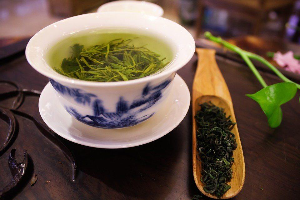 茶葉依種類或製茶方法,改變熱水的溫度很重要。 圖/pixabay