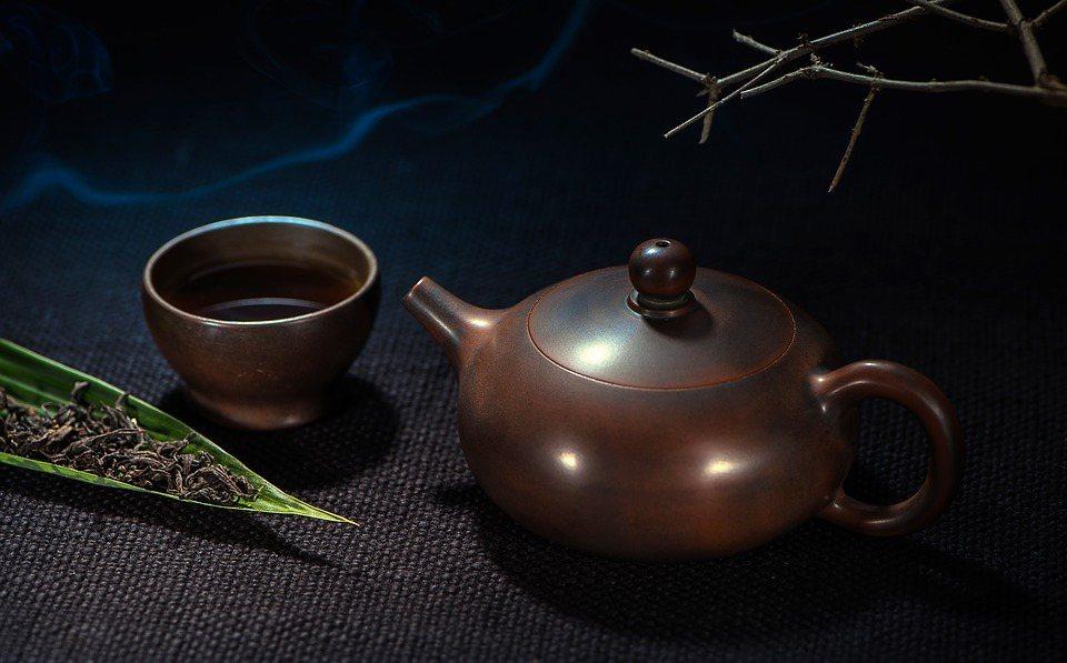 掌握「投葉量」與「熱水量」的基準,享用美味好茶(泡茶時務必注意安全,高溫熱水請勿...