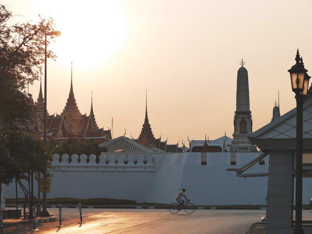 厚實的歷史文化是泰國人的驕傲,也是沉重的牽絆。 圖/船橋彰攝影
