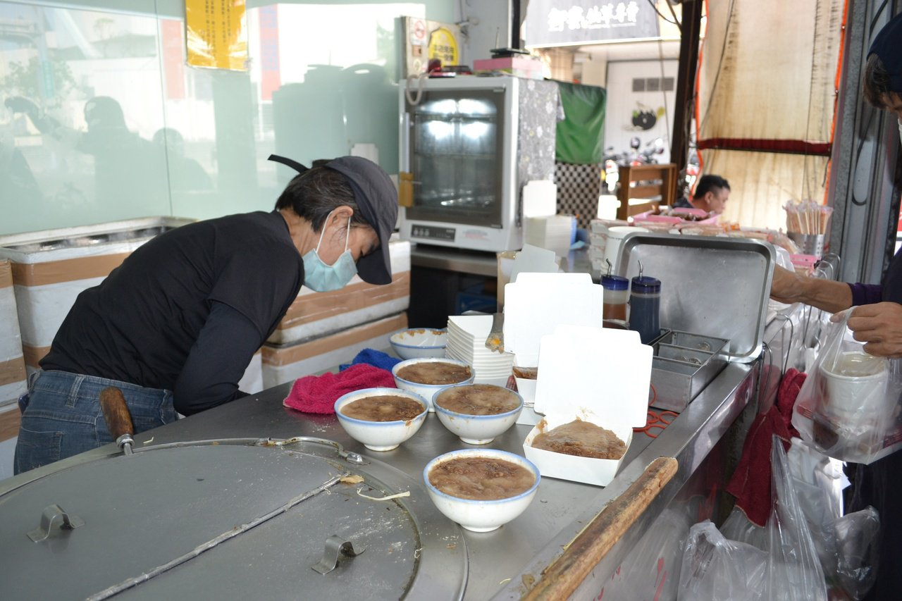 府城路上阿全碗粿,以美味出名。 圖/鄭惠仁 攝影