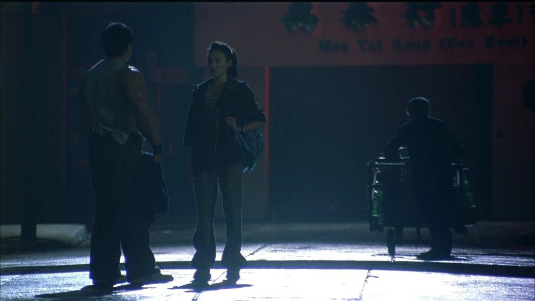 《大隻佬》了因救了李鳳儀兩次,但並不是了因幫她,而是她的善良救了自己,這樣亦是因果法則。