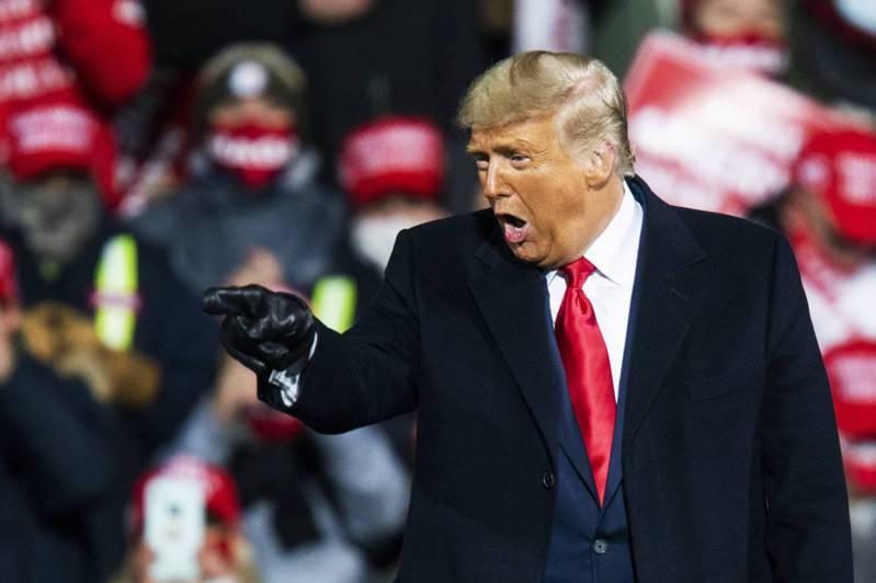 川普看到他有機會在賓州獲勝,10月31日在該州連趕四場造勢活動。法新社