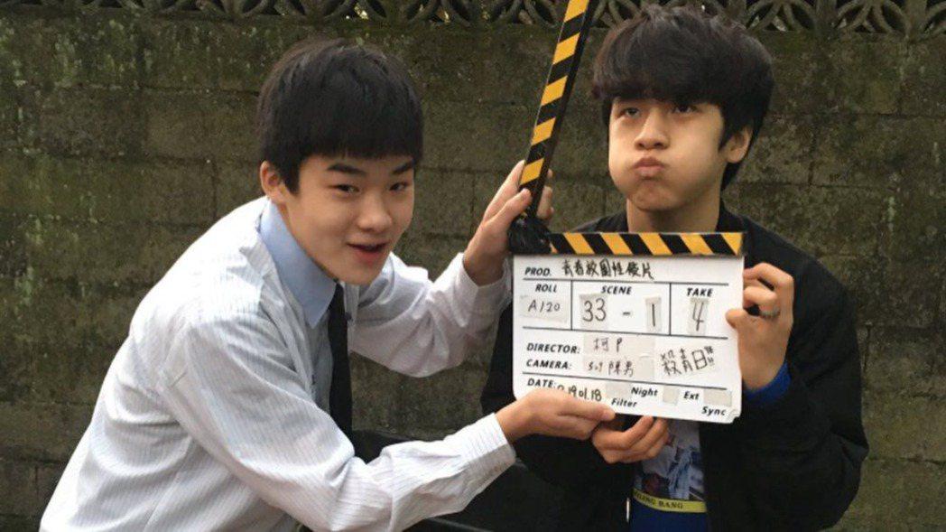 王士豪(左)在「無聲」裡飾演「小光」金玄彬(右)的跟班。圖/摘自IG