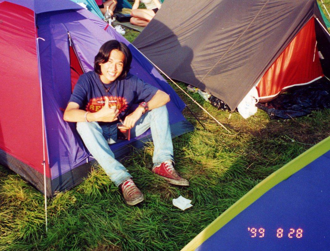 1999年英國Reading Festival,我當年是個穿Converse帆布...