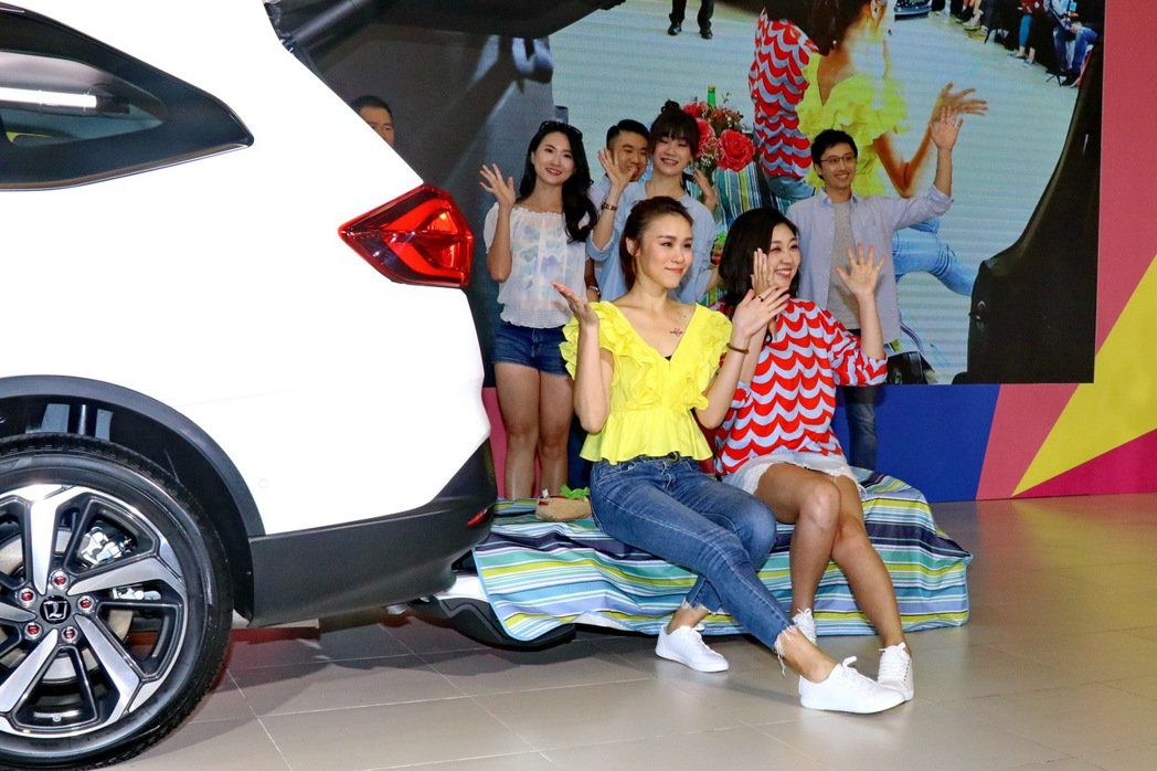 納智捷推出【樂在7中 早鳥優惠】方案,提供民眾超值入主新車。 記者陳威任/攝影