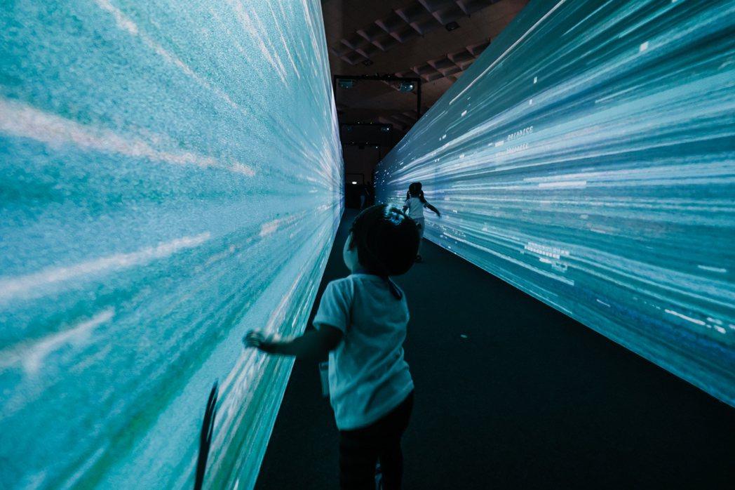 2020台灣設計展3電波隧道。 圖/衍序規劃設計提供