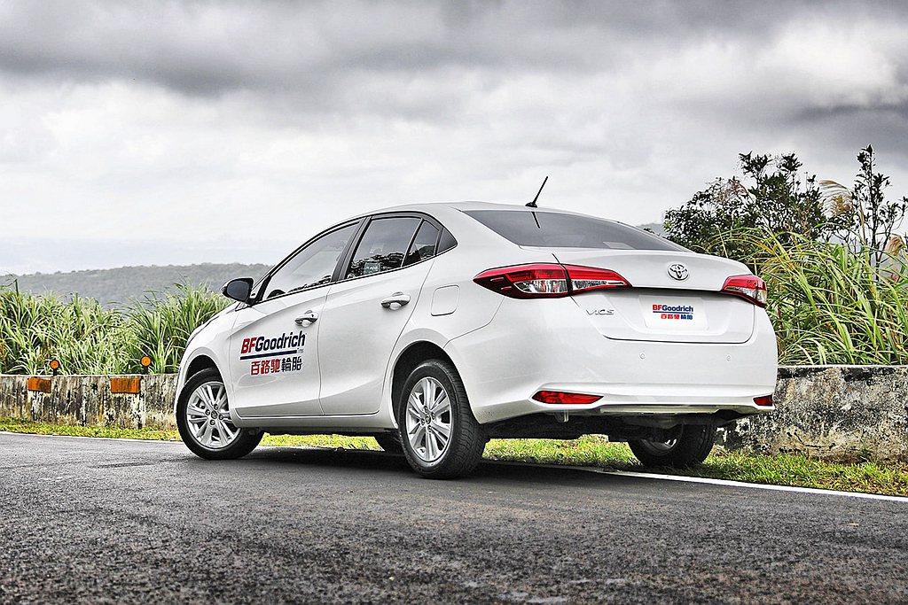 針對都會休閒與日常通勤使用,百路馳Advantage T/A Drive轎車胎、...