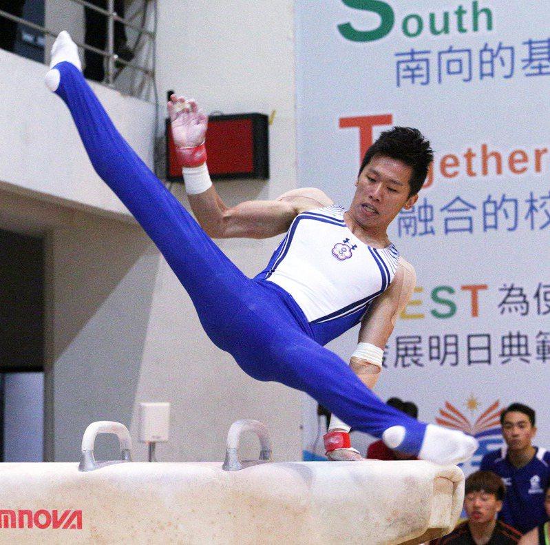 李智凱順利在全大運鞍馬完成2連霸。記者劉學聖/攝影