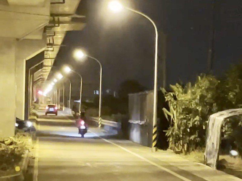 長榮大學馬來西亞籍女大生命案的路燈不亮問題引發爭議,迫使台南市府全面檢討。圖/台南市政府提供