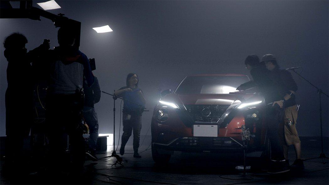 就是這系列狗仔突襲MV拍攝現場的照片,意外看見NISSAN未上市的新車,才讓NI...