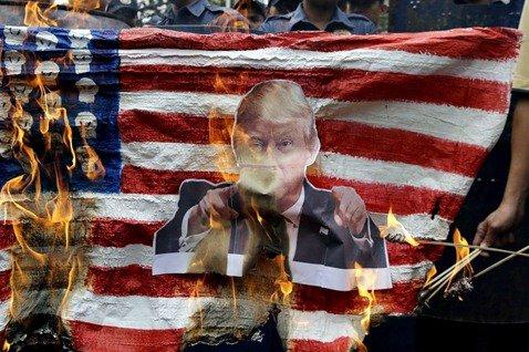 「打倒邪惡美帝」的先決問題:美國(該)是一個帝國嗎?