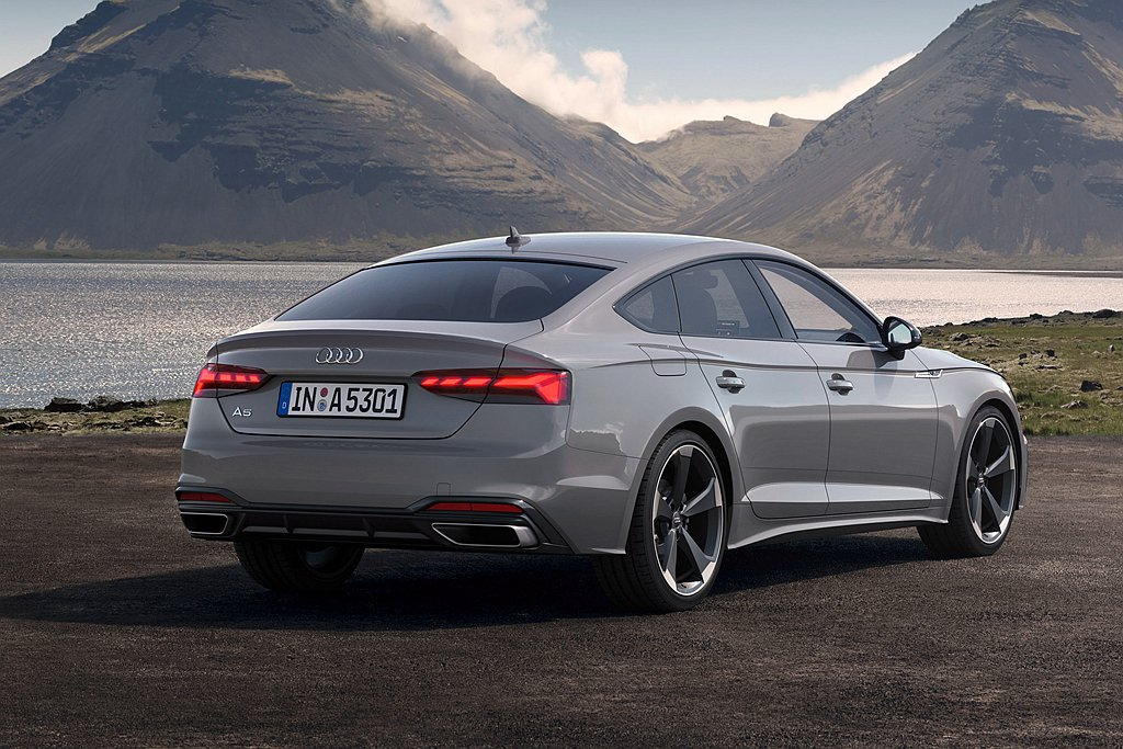 Audi A5 Sportback搭載2.0L缸內直噴汽油渦輪增壓引擎搭配12V...