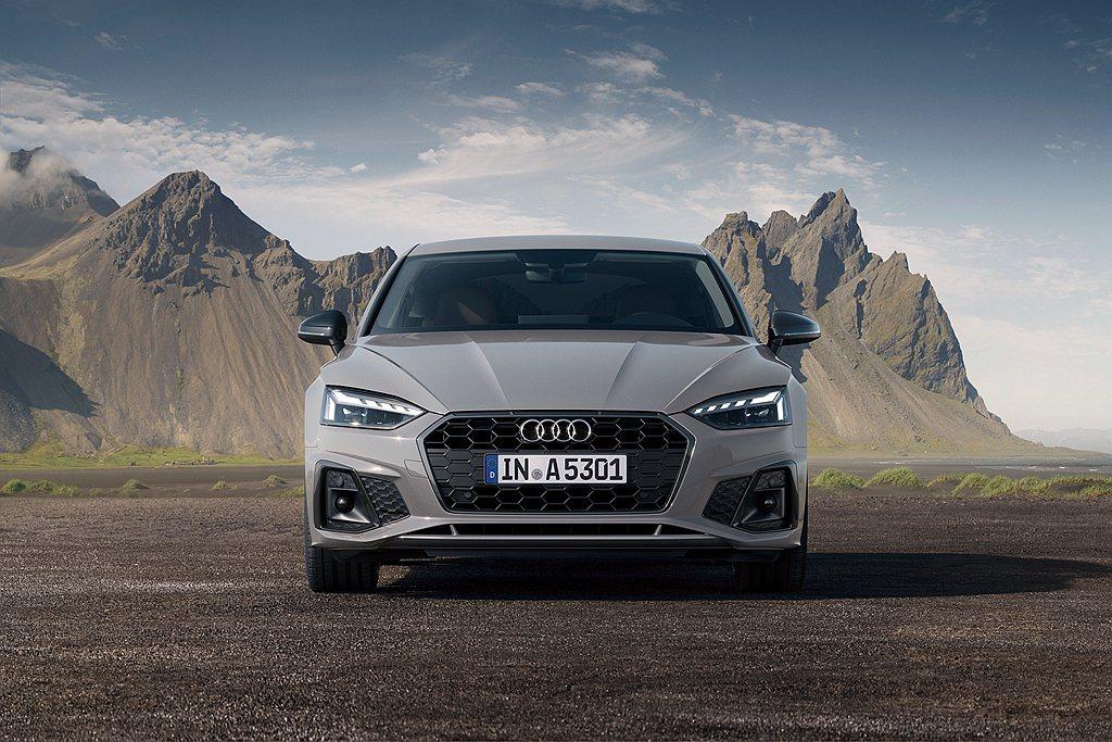 2021年式Audi A5 Sportback車頭配置全新設計的Matrix矩陣...