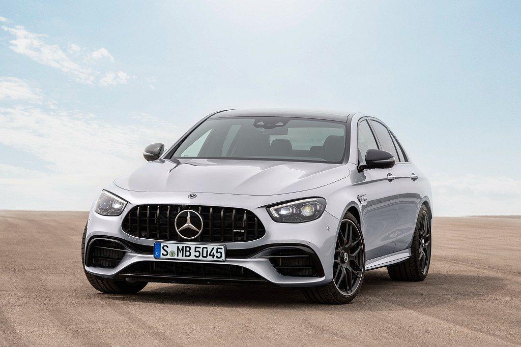 Mercedes-AMG E 63 4MATIC+建議售價台幣712萬元起。 圖...
