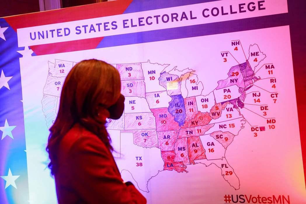 每次遇上美國大選,各界都會關注所謂的「搖擺州」,也就是非特定政黨長期維持多數的州。 圖/法新社