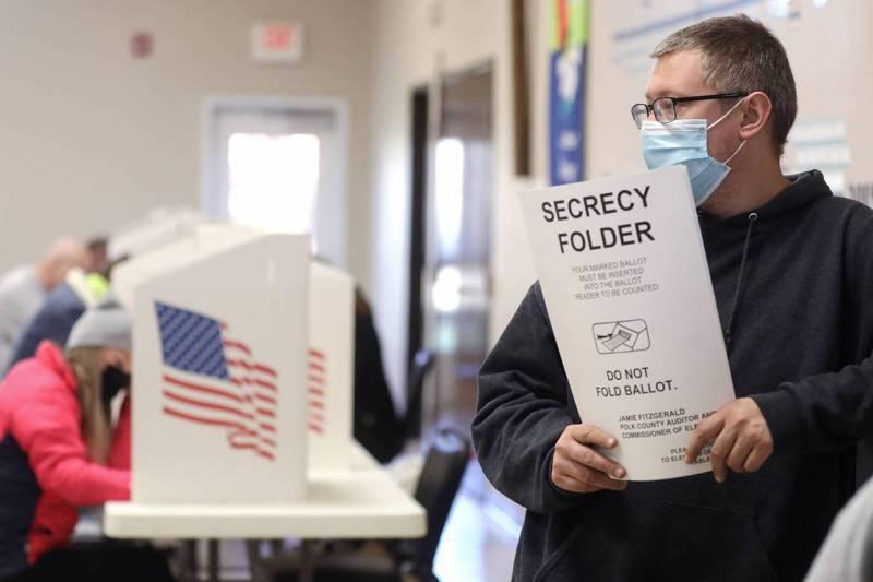 美國總統大選情勢尚未完全明朗,但有一件事卻已非常清楚,就是選前民調再度失準,而且這次在全國及部分州的誤差幅度比四年前還大。法新社