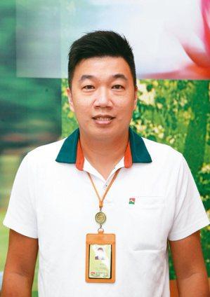 信義房屋信義店專案經理陳春得。  記者曾吉松/攝影