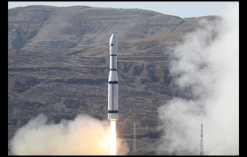 太原衛星發射中心6日以長征六號運載火箭,一次將13顆衛星送入預定軌道,當中包括全球首顆6G試驗衛星「電子科技大學號」,這也是長征六號首次承接國際商業衛星發射服務。新華社