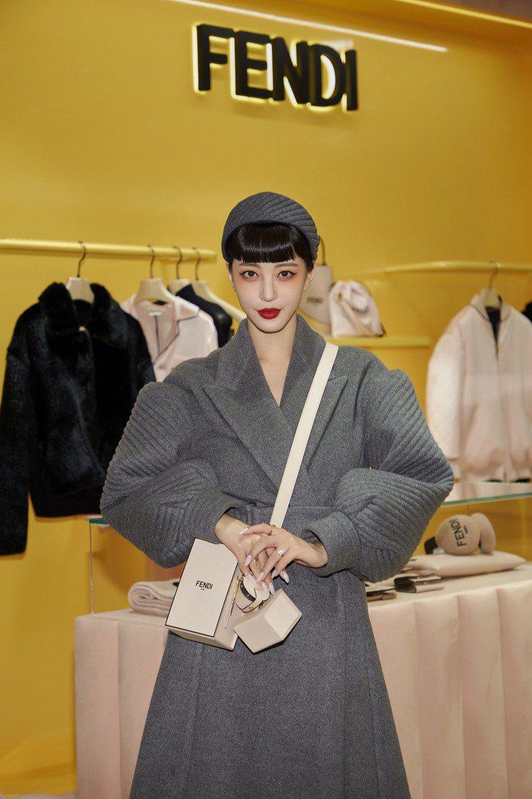 韓藝瑟出席首爾Galleria百貨的FENDI耶誕佳節活動。圖/FENDI提供