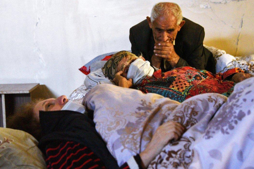逃離戰火的亞美尼亞難民。 圖/法新社