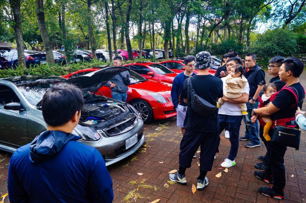 有許多車主甚至是帶著一家大小來參與。 記者趙駿宏/攝影