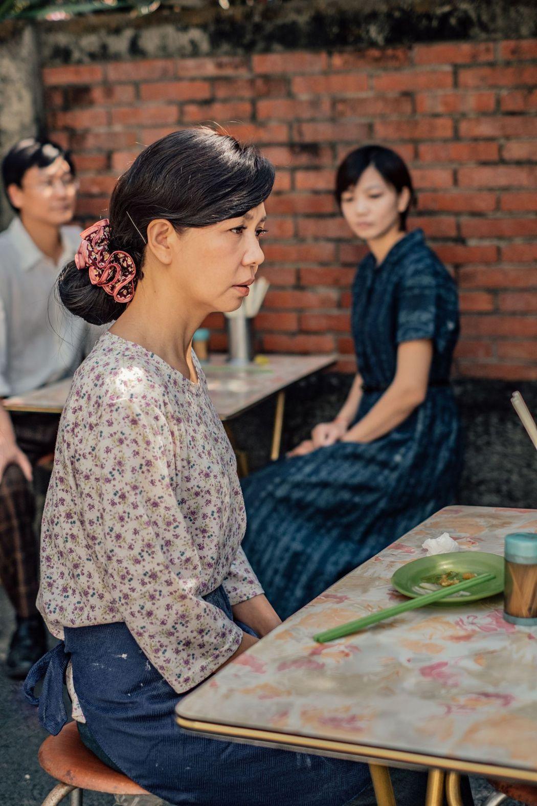于子育演出陳淑芳在「孤味」角色的年輕時期。圖/威視提供