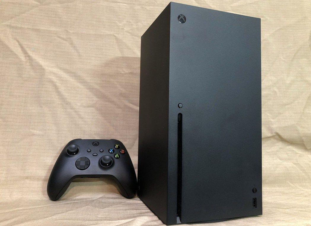 搶先體驗收到之 Xbox Series X 主機全貌