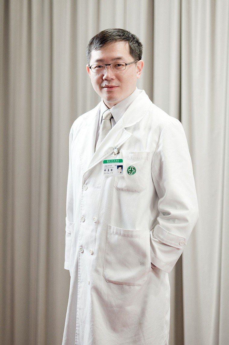亞東醫院心血管內科主治醫師邱昱偉醫師。 圖/邱昱偉醫師 提供