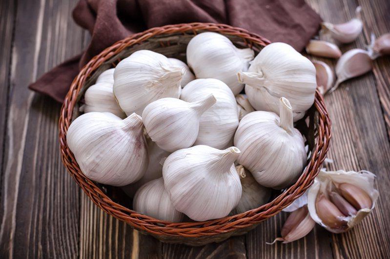 大蒜是家家戶戶與專業廚房不可或缺的料理良伴。示意圖/ingimage授權