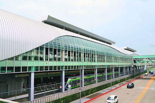 台中捷運綠線即將通車,帶動沿線經濟發展,知名連鎖賣場、飯店等進駐。