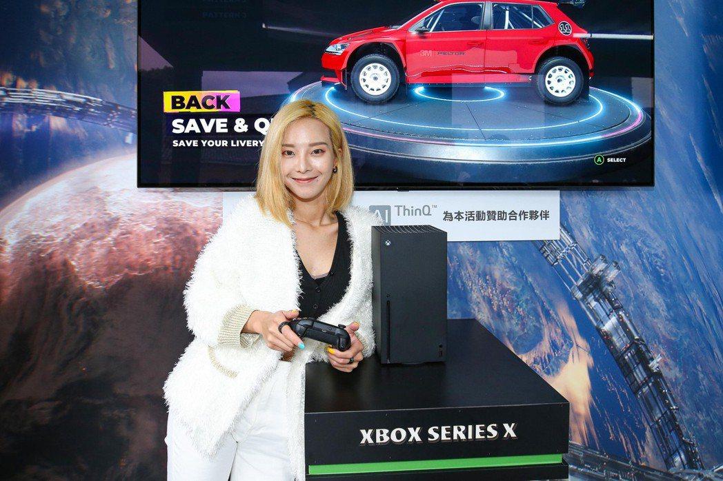 「Xbox Series X l S」上市活動請到網紅奎丁站台。  台灣微軟/提...