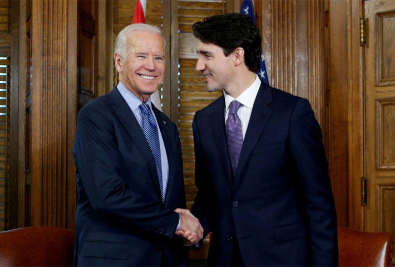 美國總統當選人拜登(左)與加拿大總理杜魯道(右)。 路透資料照