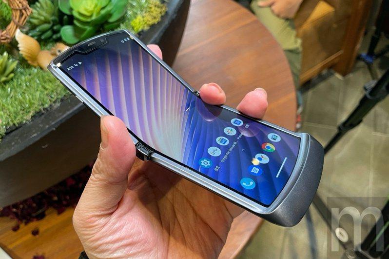 ▲更新加入5G連網功能的新款Moto RAZR 5G