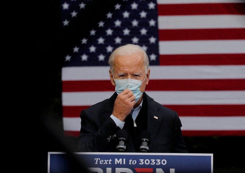 美國總統當選人拜登九日宣布將成立防疫專家小組對抗疫情。(路透)