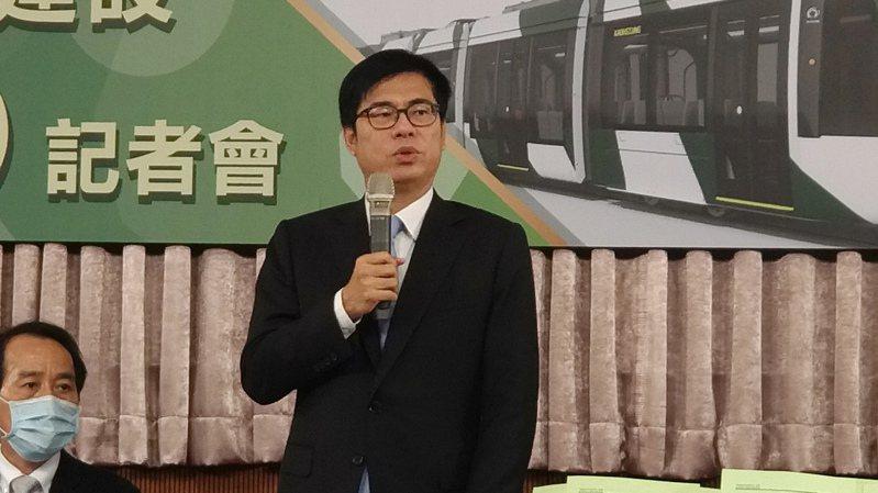 高雄市長陳其邁今宣布輕軌二階爭議路段即起復工。記者蔡孟妤/攝影