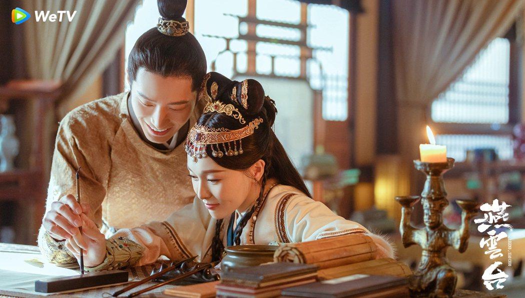 唐嫣(右)與竇驍在「燕雲台」是相愛的戀人。圖/WeTV海外站提供