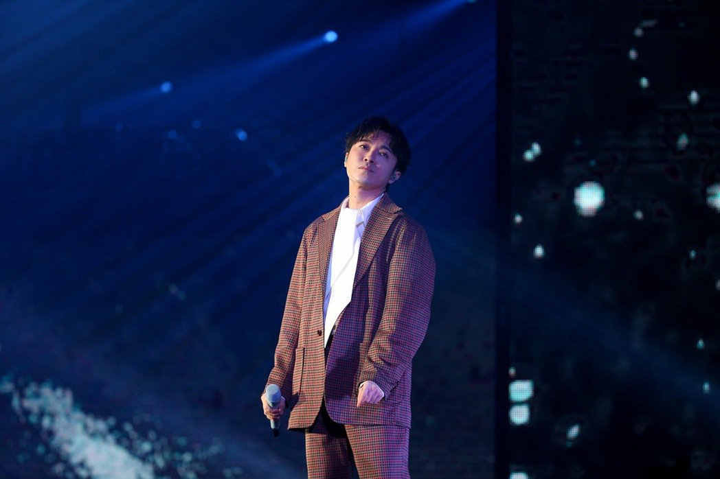 吳青峰帶來多首歌曲。記者余承翰/攝影