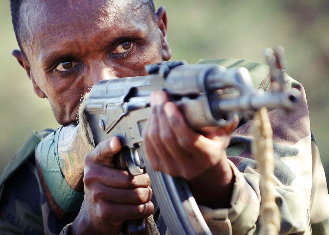 4日衣索比亞聯邦政府宣布戰爭,派遣大軍攻入「提格雷州獨立政府」。雙方血戰不僅以傳...