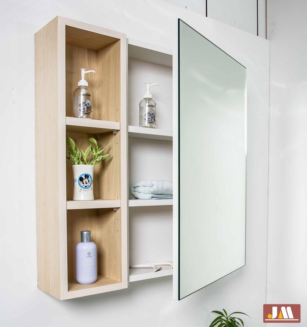 潔懋衛浴提供客製化的衛浴空間規劃服務,一個鏡櫃也能有多重選擇。 潔懋衛浴/提供