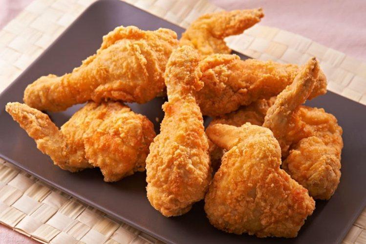 KKLife紅龍食品的炸雞是今年雙11的夯品,ihergo愛合購首10小時合計賣...
